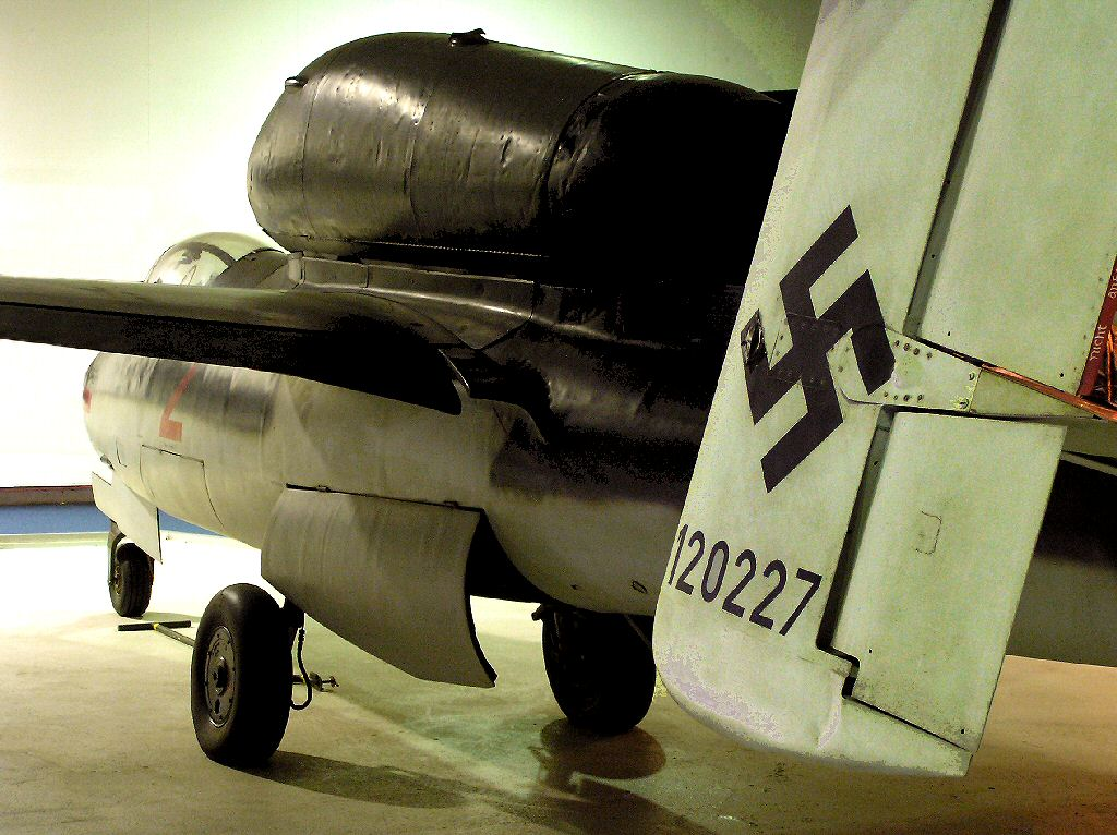 WW2 Heinkel He 162 jet fighter - German Luftwaffe interceptor & Bomber
